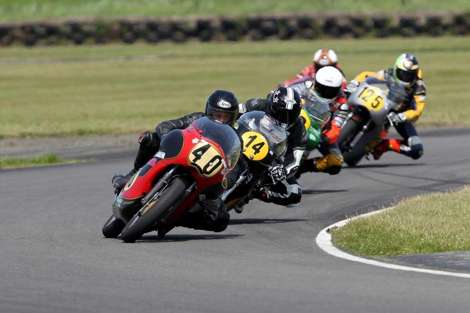 The Classic Racing Motorcycle Club Season Finale at Silverstone ...