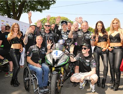 Double Supersport double for Hutchinson as he equals Hailwood's tally