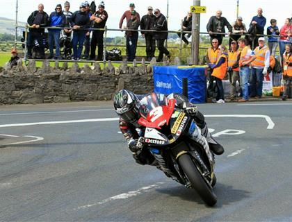 Steam Packet Company Discount Scheme Aims to Attract More Southern 100 Marshals