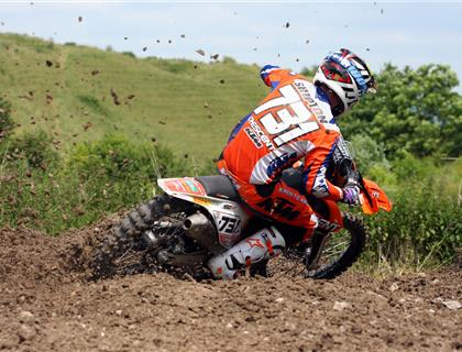 Wildcard Shipton Wins Two Dayer in Style at Foxhill