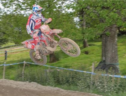 Holcombe Reclaims Welsh 2 Day Crown