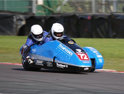 ACU/FSRA British F2 Sidecar Championship Heads to Cadwell Park This Weekend