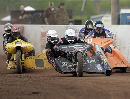 Limited BMF Show Tickets remain as the Track Racing Championship returns on the 17th and 18th May