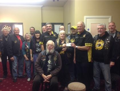 Moddey Dhoo Donates £1860.00 to Southern 100 Supporters Club