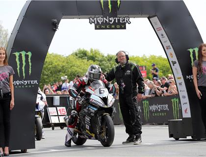 Dunlop Obliterates Lap and Race Records In Sensational RST Superbike TT Race